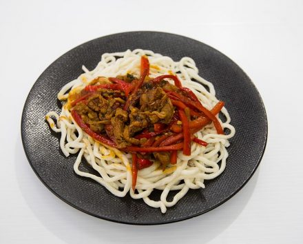 NaratiNoodles Dish Lamb and capsicum noodles 440x354 - Lamb and Capsicum Noodles